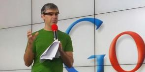 Google  Project Glass Larry Page